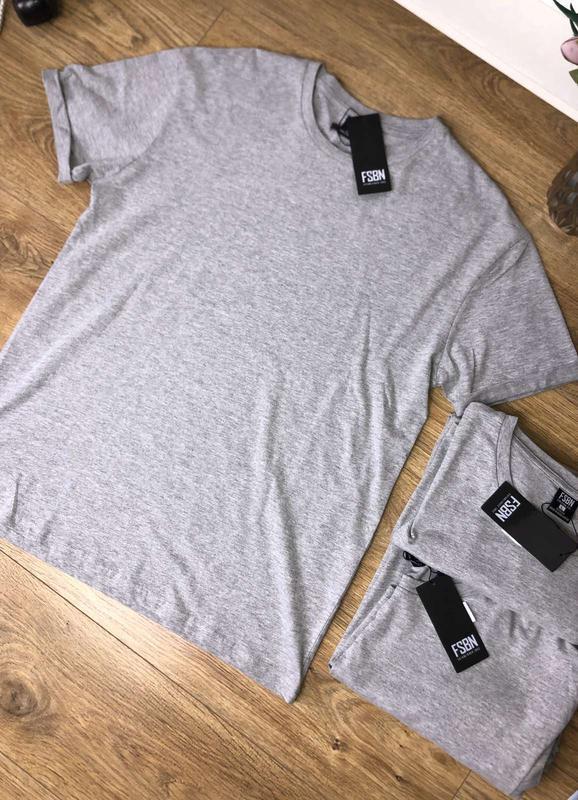 Мужская однотонная хлопковая футболка
