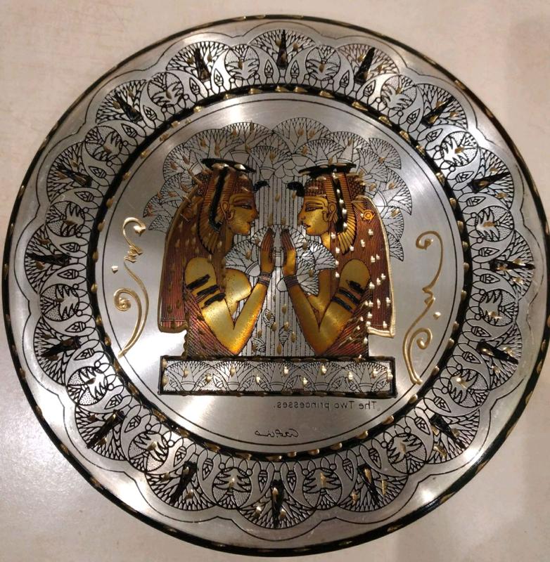 Настенная тарелка чеканка