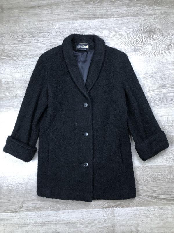 Стильное  английское  пальто