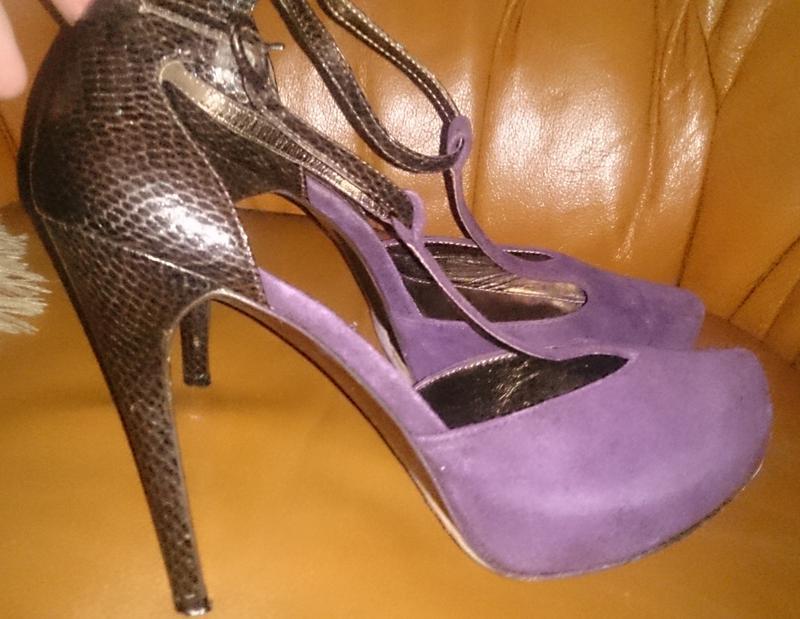 Стильні фіолетові туфлі замша р39 next