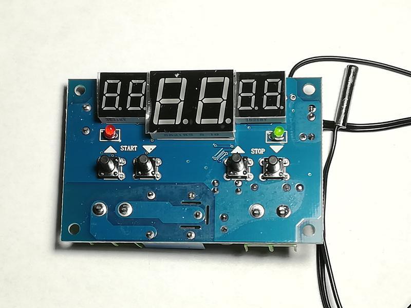 Термостат W1401 регулятор температуры