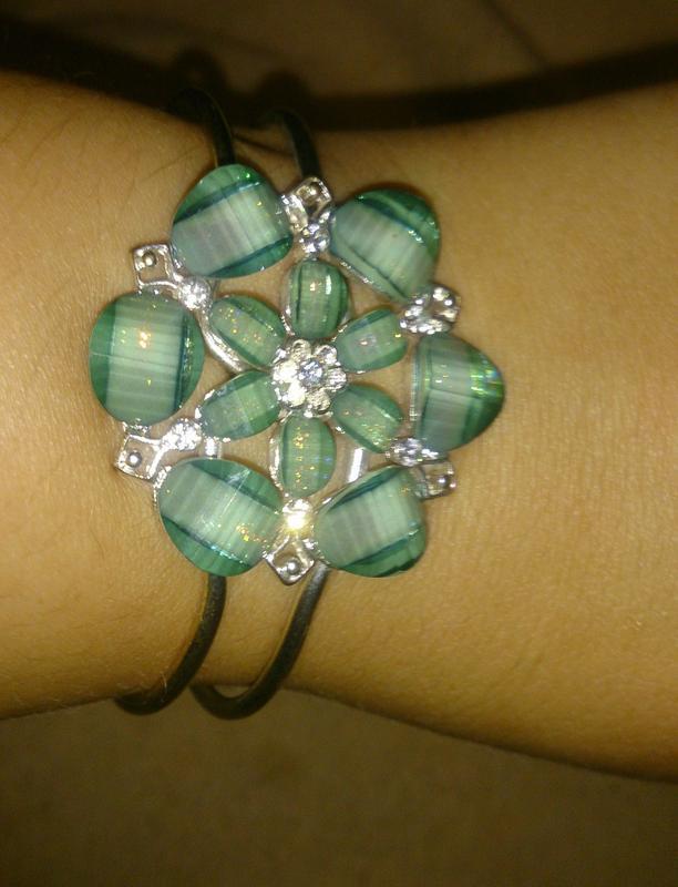 Стильний браслет бірюзова квітка