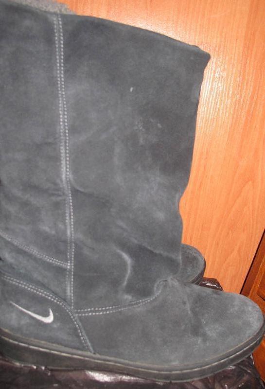 Темно сині чоботи замша nike р37,5 еко хутро середині