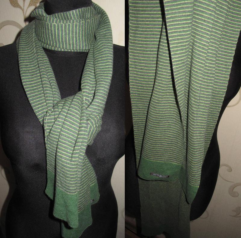 Теплий зелений шарф white stuff
