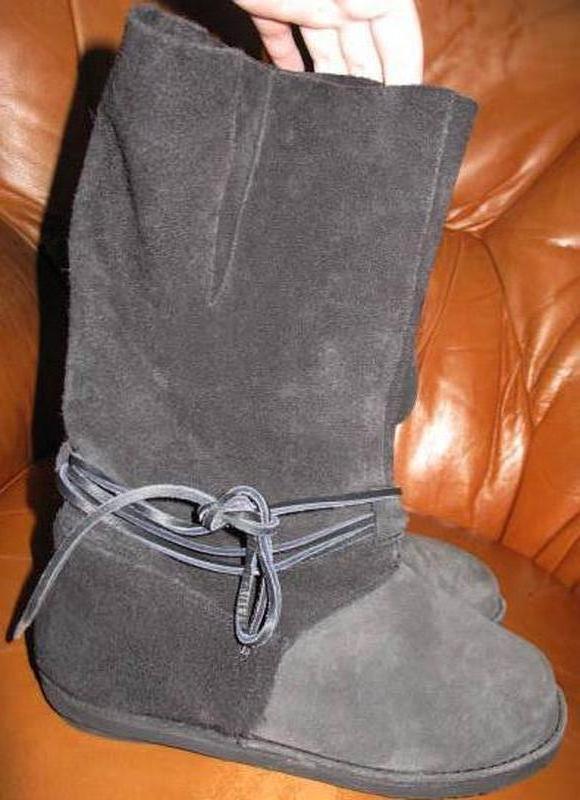 Темно сірі чоботи замша р39