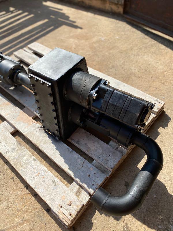 Редуктор для буровой установки с элеватором шнековый транспортер для раствора