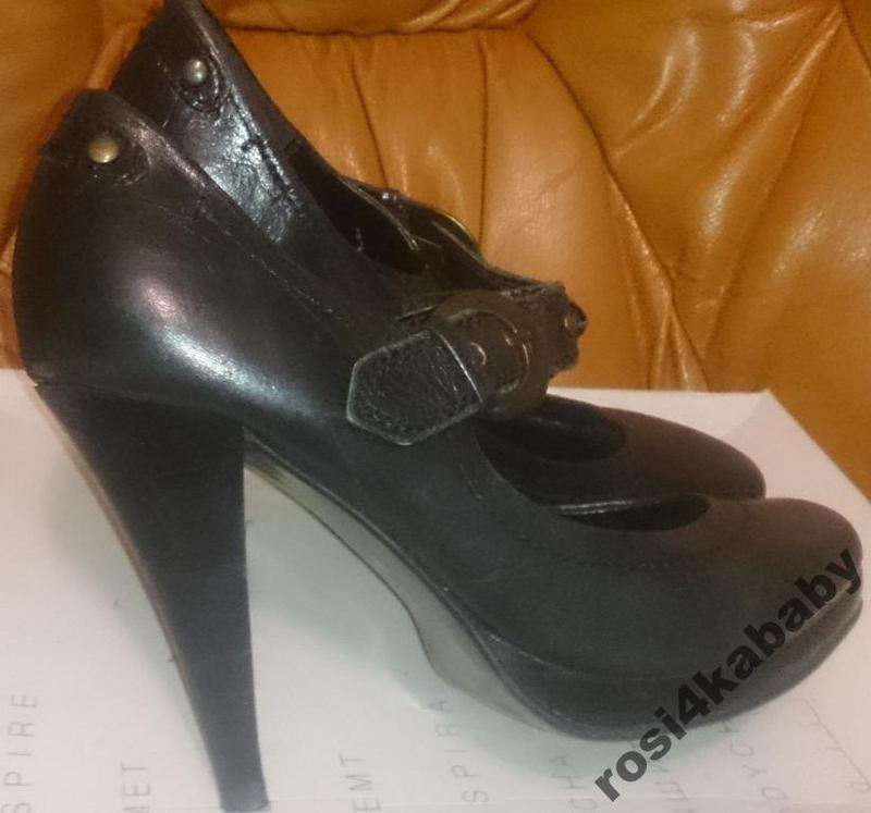 Стильні чорні туфлі шкіра перепонка next р38