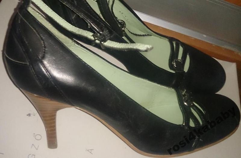 Стильні чорні туфлі шкіра р36 didi boots