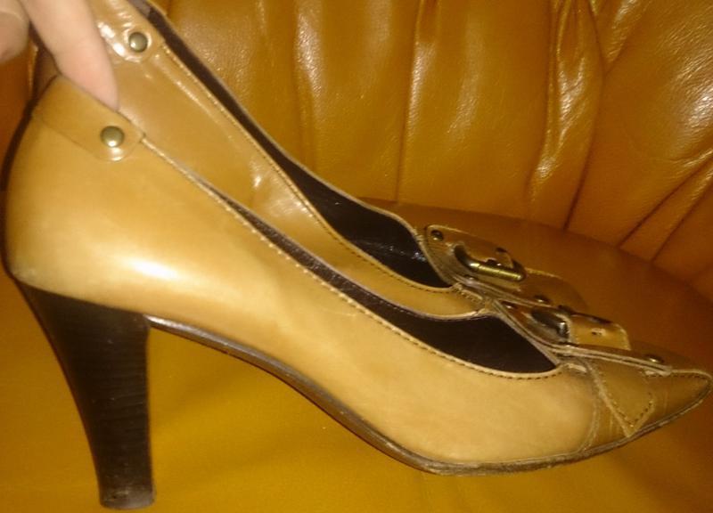 Стильні рижі туфлі шкіра р38 італія