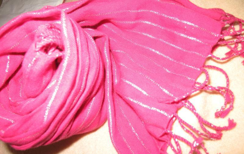2 шарфи прошиті люрексною ниткою
