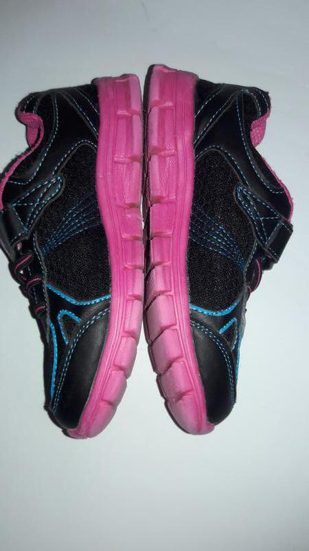 Лёгкие кроссовки для девочки - Фото 2