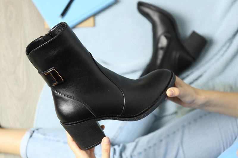 Демисезонные кожаные ботинки - Фото 2