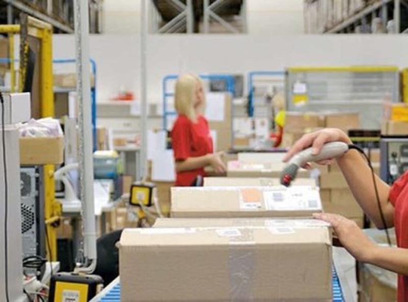 Упаковщики на склад косметики в Польшу