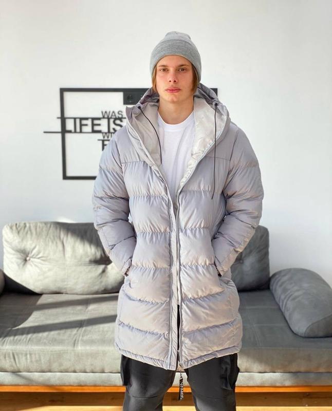 Мужская зимняя удлиненная куртка пуховик парка серого цвета - Фото 4