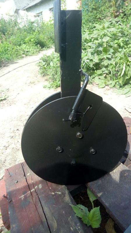 Сошник дисковый для зерновой сеялки мотоблока