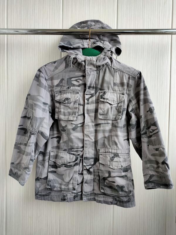 Весенняя куртка ветровка на 8-9 лет хаки милитари