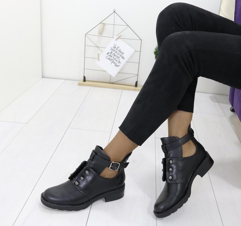 Новые шикарные женские черные осенние ботинки - Фото 2