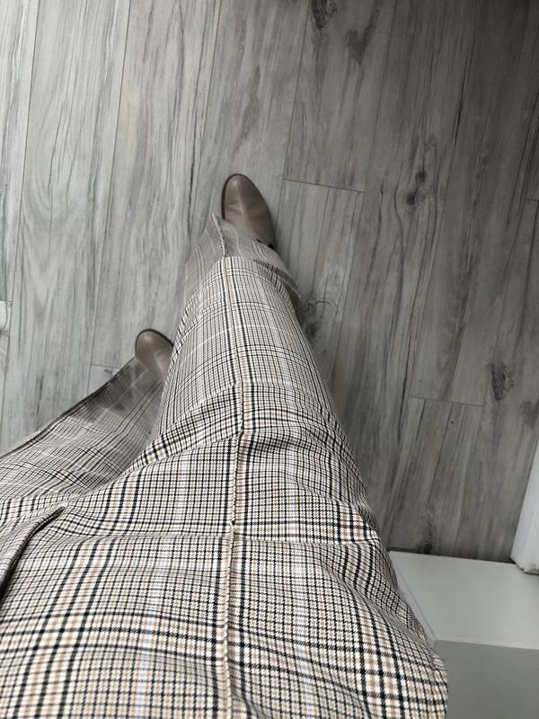 Шикарние брюки клеш от h&m в клетку - Фото 3