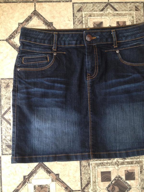 Коротенькая джинсовая юбочка