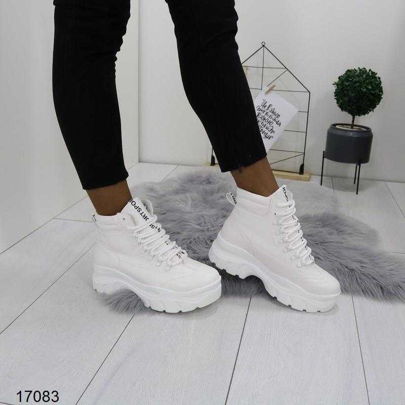 Высокие белые кроссы хит - Фото 3