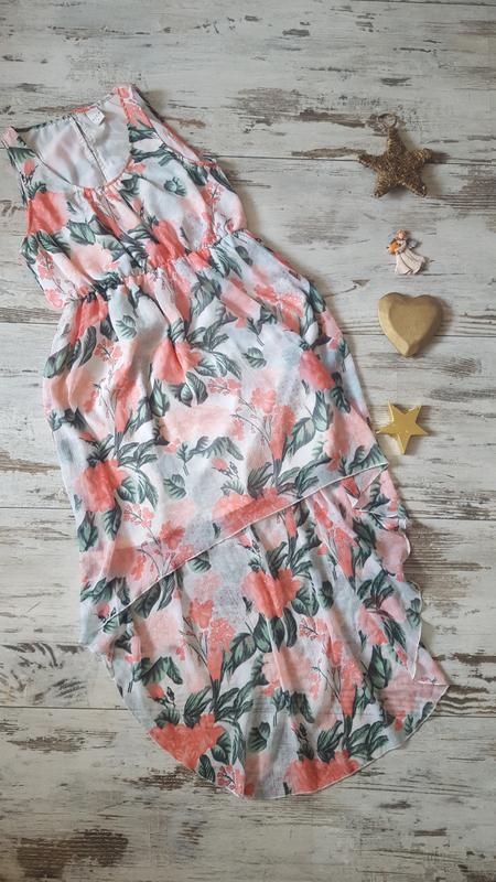 Асиметричное легкое платье