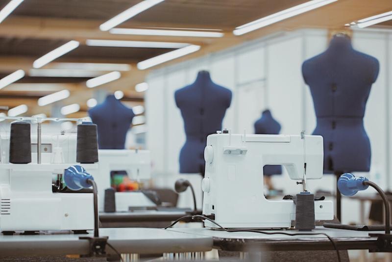 Швеи на производство, пошив женского белья