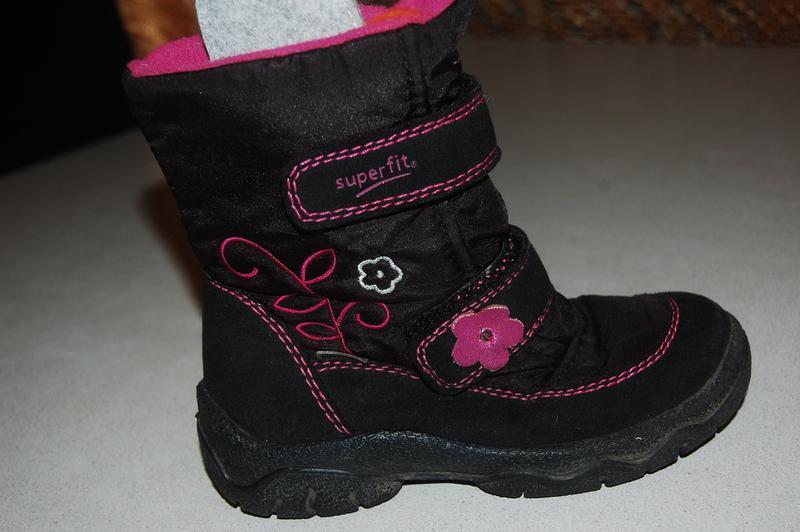 Зимние ботинки  superfit 27 р
