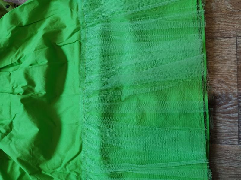 Гарнюнє святкове платтячко на 5-6 років - Фото 3