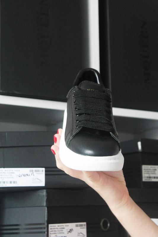 Черные кроссы известного бренда - Фото 2