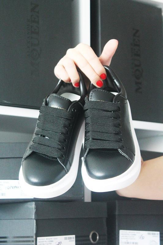 Черные кроссы известного бренда - Фото 3