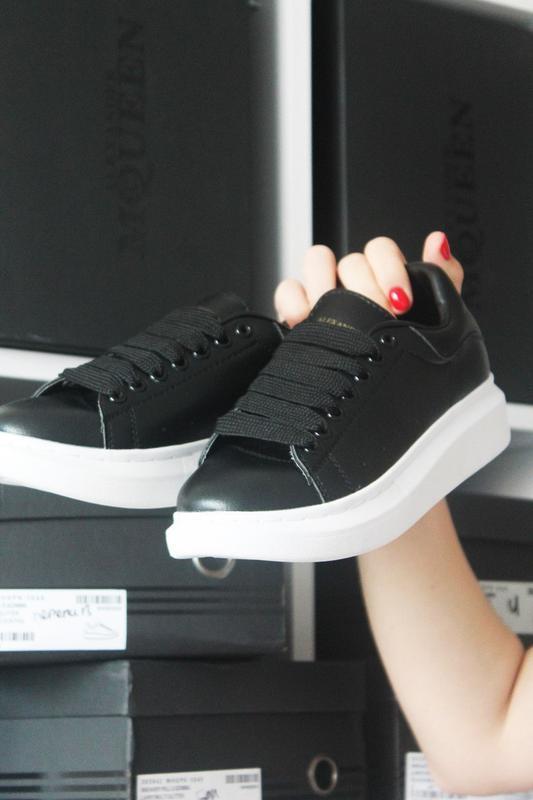 Черные кроссы известного бренда - Фото 4
