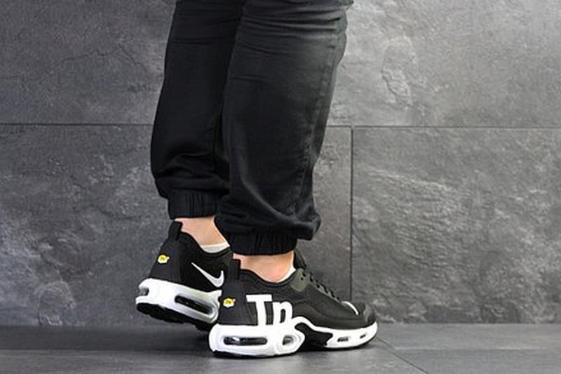 Мужские чёрные кроссовки - Фото 3