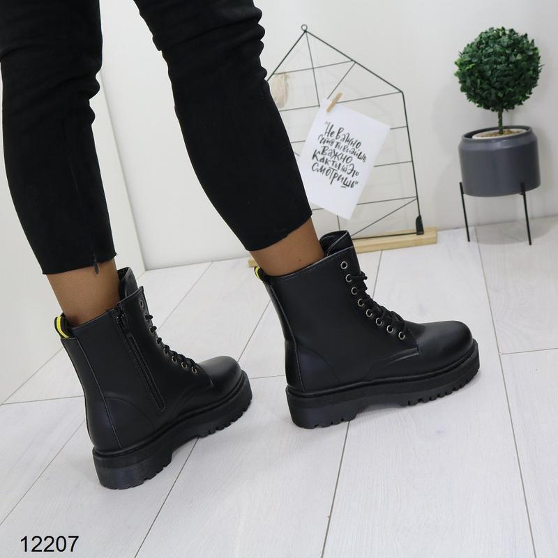 Высокие чёрные тёплые ботинки на массивной подошве,чёрные груб... - Фото 6