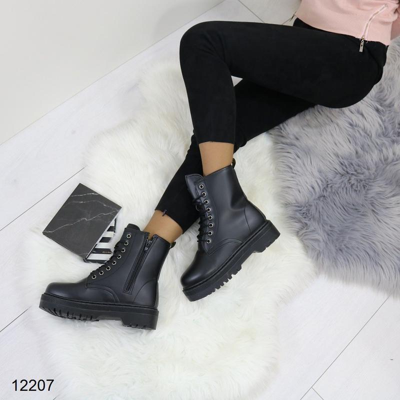 Высокие чёрные тёплые ботинки на массивной подошве,чёрные груб... - Фото 8