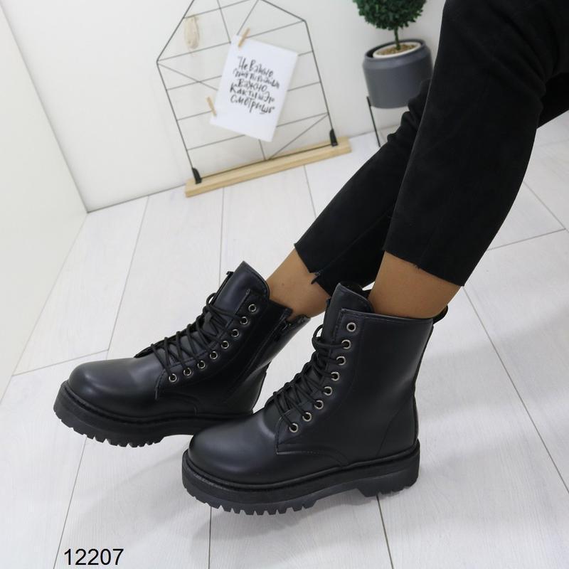 Высокие чёрные тёплые ботинки на массивной подошве,чёрные груб... - Фото 9