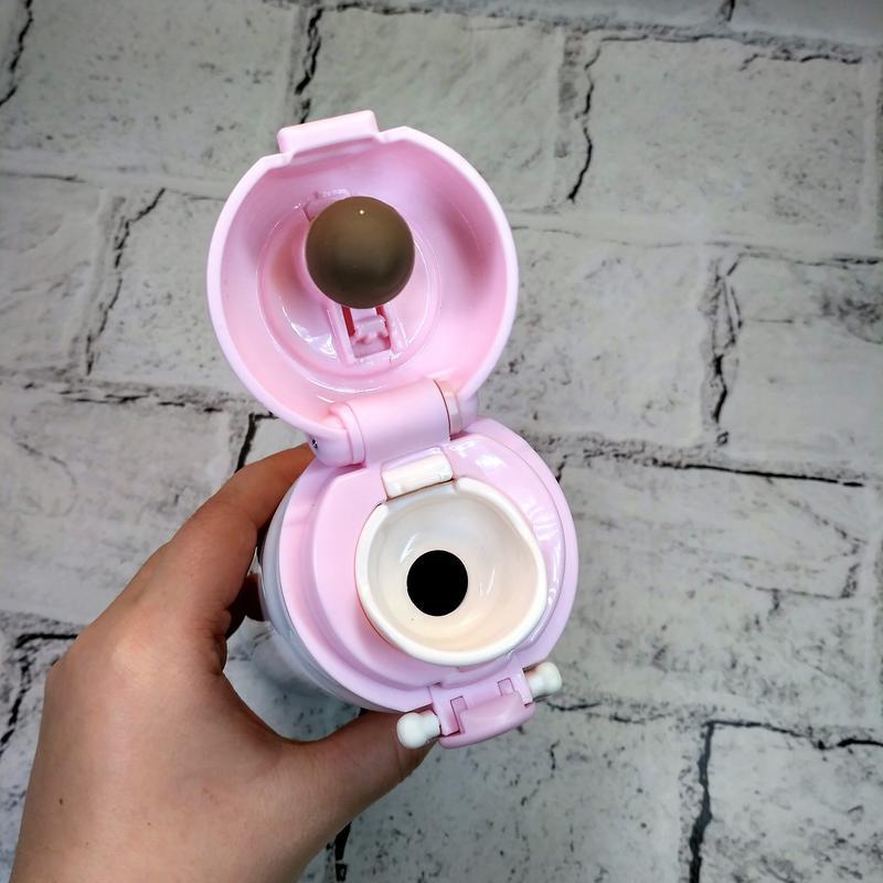 Термос, термокружка розового цвета с изображением енота. Идеален - Фото 2