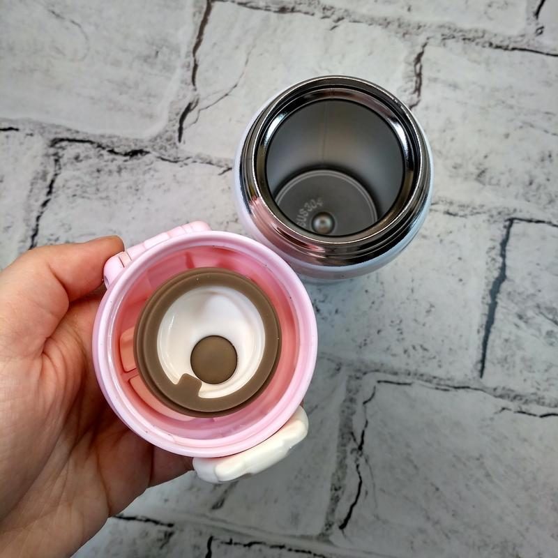 Термос, термокружка розового цвета с изображением енота. Идеален - Фото 3