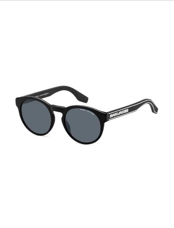 Крутые солнцезащитные очки mark by marc jacobs.