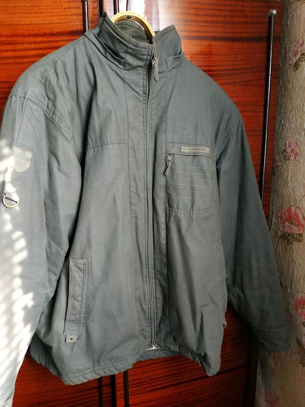 Куртка чоловіча розмір 50.Захисного кольору.