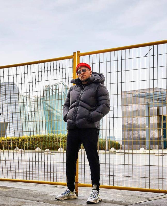 Мужская зимняя куртка пуховик черного цвета - Фото 3