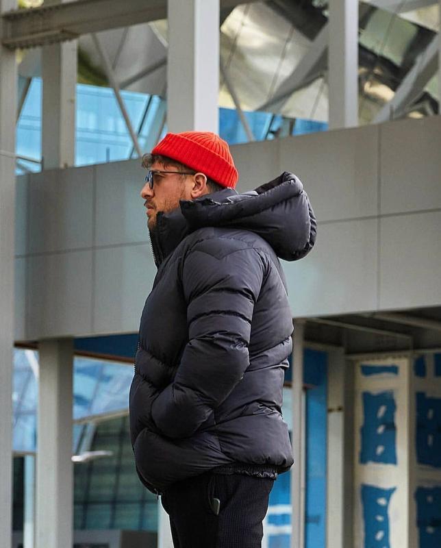 Мужская зимняя куртка пуховик черного цвета - Фото 5