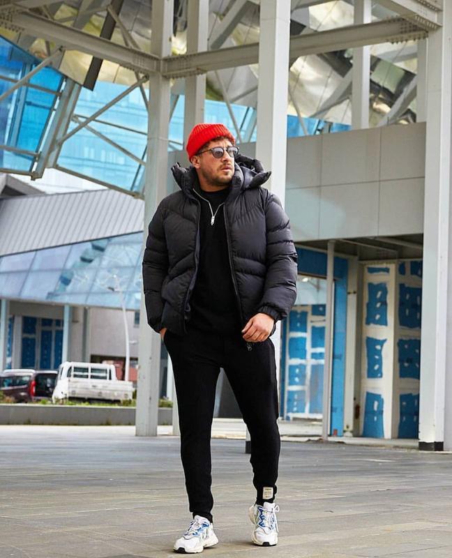 Мужская зимняя куртка пуховик черного цвета - Фото 6