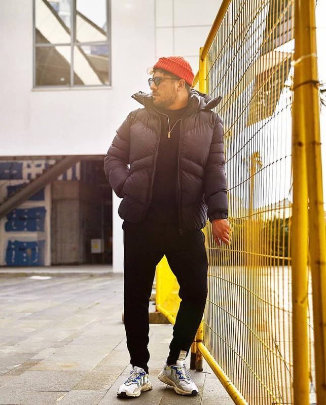 Мужская зимняя куртка пуховик черного цвета - Фото 7