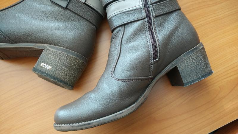 Демисезонные классические кожаные сапоги бежевые кофейные на у... - Фото 8