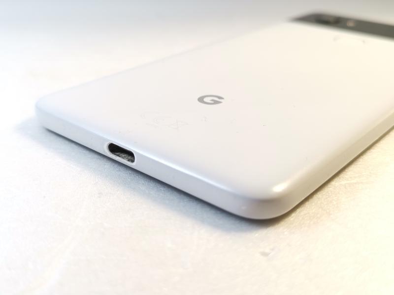 Смартфон Google Pixel 2 XL 4/128 GB - Фото 4