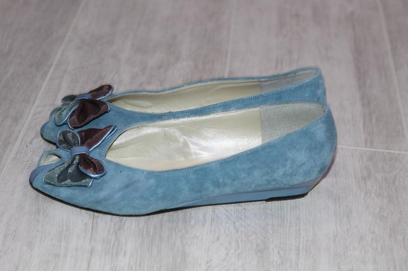 Роскошные замшевые туфли romeo bettini  41-42
