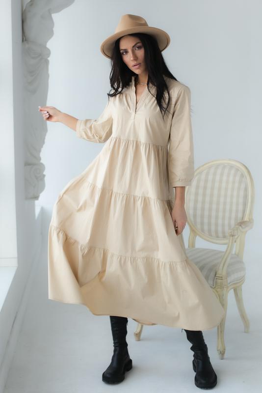 Котоновое платье-трапеция