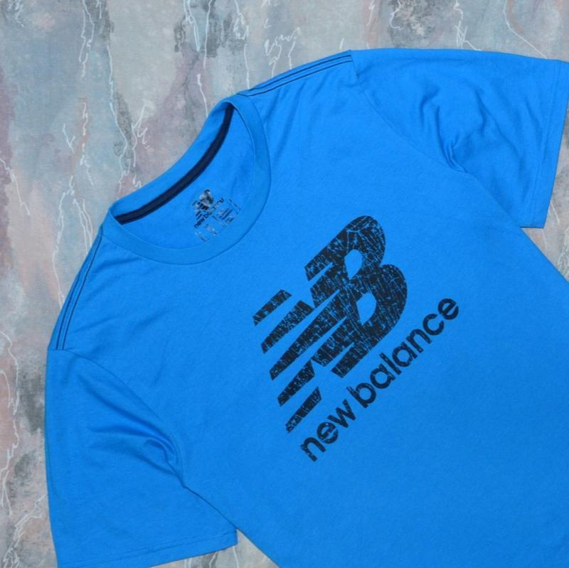 Фирменная футболка new balance big logo