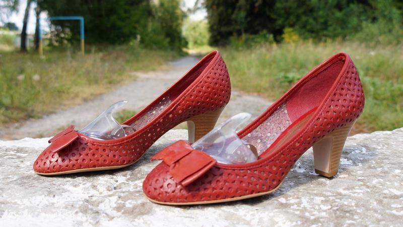Літні шкіряні туфлі clarks - Фото 2