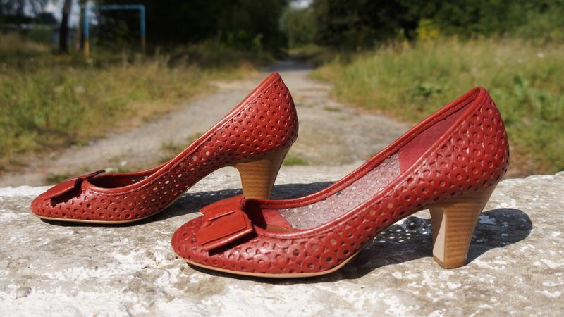 Літні шкіряні туфлі clarks - Фото 3
